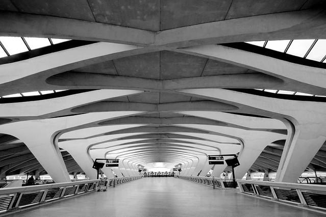 Gare tgv lyon saint exupery nitram de lyon flickr for Z architecture lyon