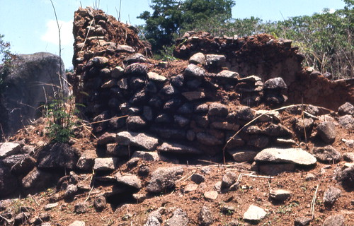 Remains of a stone-walled house at the deserted hilltop defensive site of Yagala, Sierra Leone (West Africa) | by gbaku