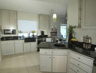 Contemporary Kitchen Sink Designs