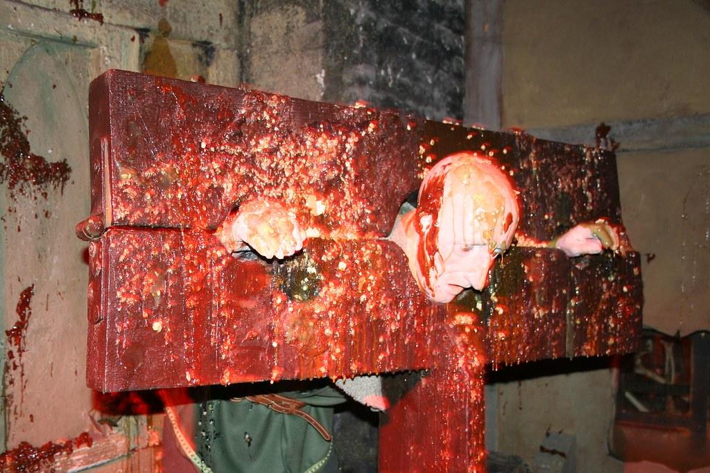 Inside London D... B 29 Inside