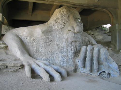 fremont troll   aurora avenue bridge  fremont  flickr