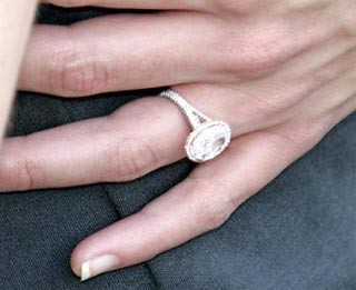Tom Cruise Katie Holmes Engagement Ring | More on Katie ...
