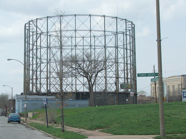 Laclede Gas Co Gasometer On Chouteau Ave 2 St Louis Flickr