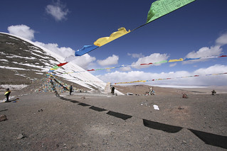 Prayer flags at the Pass | by James Whitaker