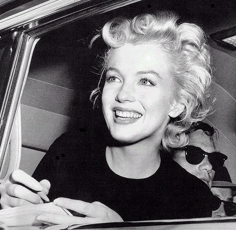 Marilyn Monroe In Black And White Mycrazyaccount Flickr