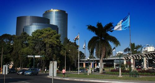Banco internacional guatemala ivan castro flickr for Banco internacional