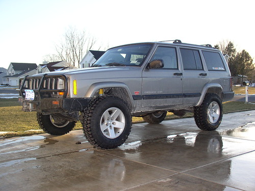 Jeep Cherokee Forum >> Jeep Cherokee with Jeep Moab rims and 245/75R16 MTRs | Flickr