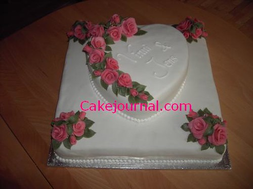 Wedding Cake With Marzipan Roses White Wedding Cake Covere Flickr