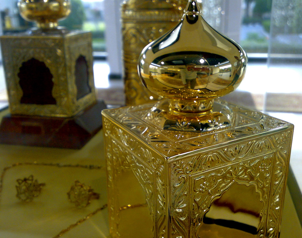 worlds most expensive perfume amouage perfume muscat oma flickr. Black Bedroom Furniture Sets. Home Design Ideas