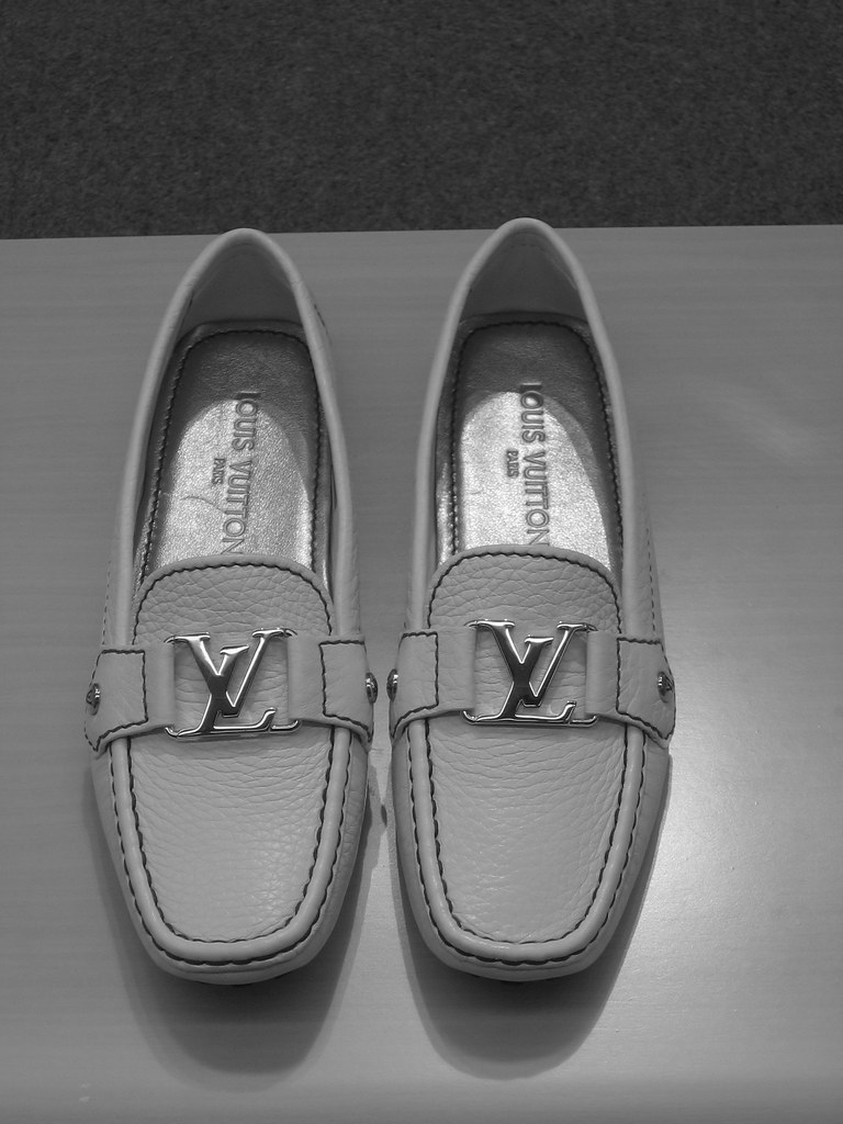 Looui Vuitton Shoes Prices