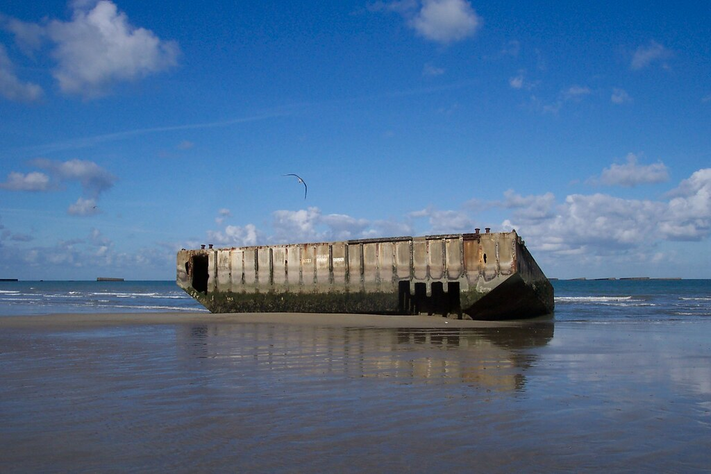 Mulberry harbour part of the mulberry harbour on gold for Euro motors harrisburg pa
