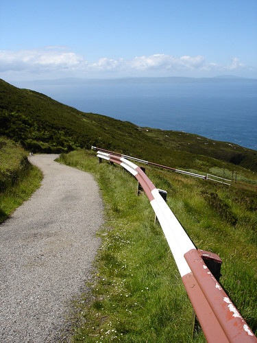 The road to Kintyre Lighthouse