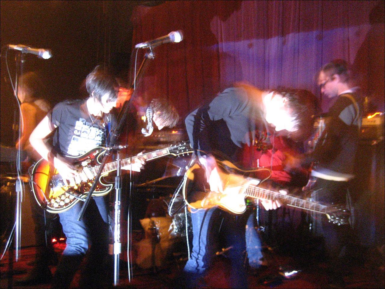 Mahogany band, Andrew Prinz