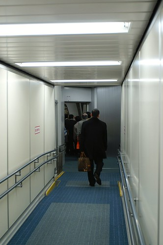Boarding Bridge @ HND/RJTT Terminal 2 | by Hyougushi