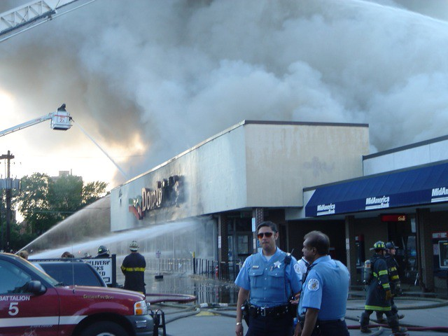 Fire at Chicago Dominicks Store