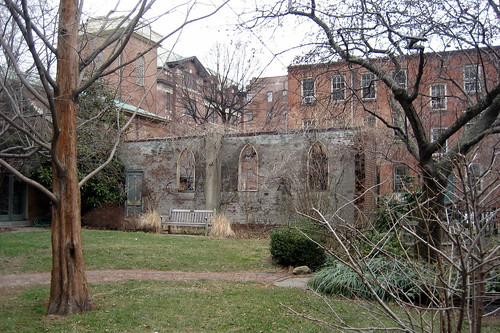 NYC - West Village: St. Luke in the Fields Garden | by wallyg