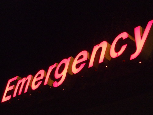 Emergency Sign, Ballard Swedish Hospital | by zoomar