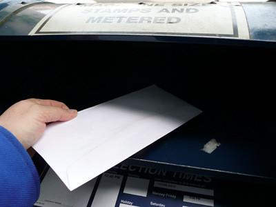 mailing a letter | mailing a letter in Portland Oregon at 1:… | Flickr