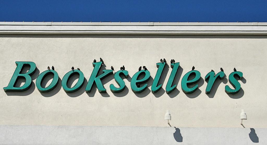 Bööksellers? (Image by Scott Robinson at Flickr.com under license CC BY 2.0)
