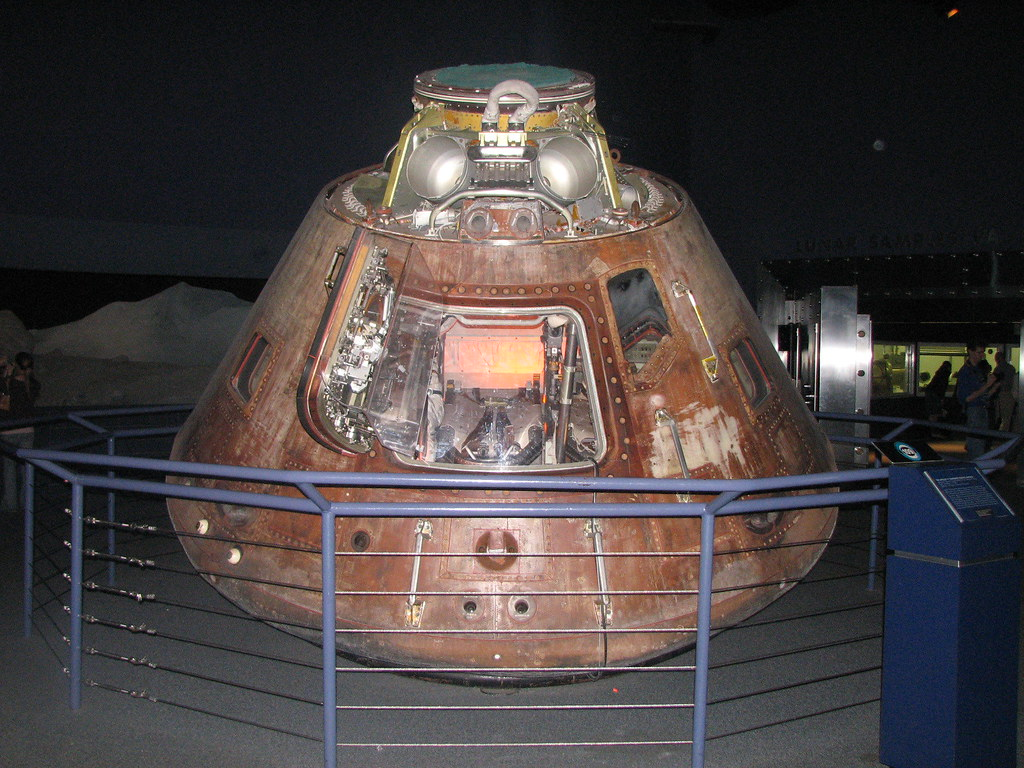 inside apollo capsule houston - photo #20
