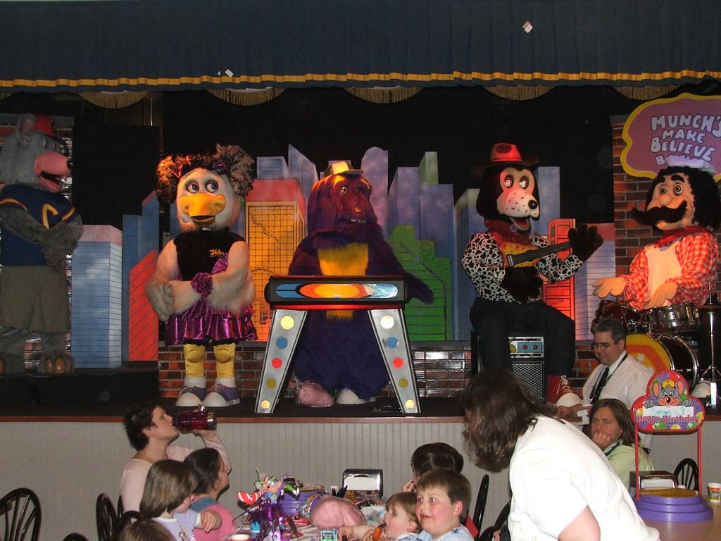 Bellevue Chuck E Cheese Stage Jonwmiller1965 Flickr