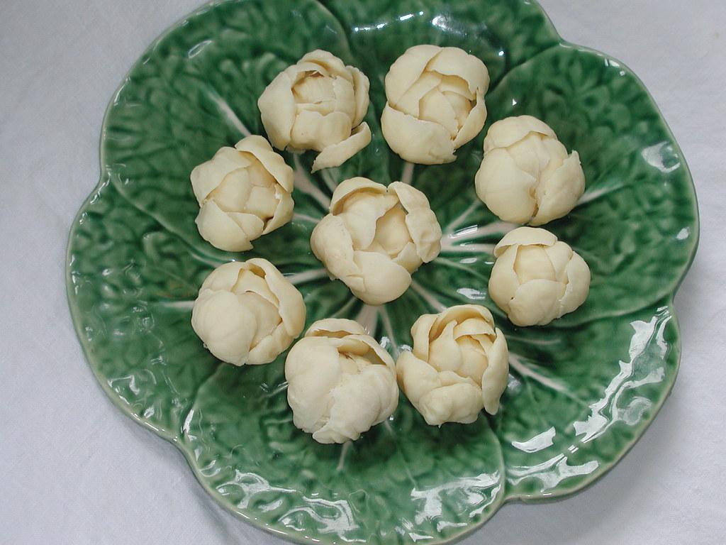 White Belgian Chocolate And Raspberry Cookie Millies Cookies
