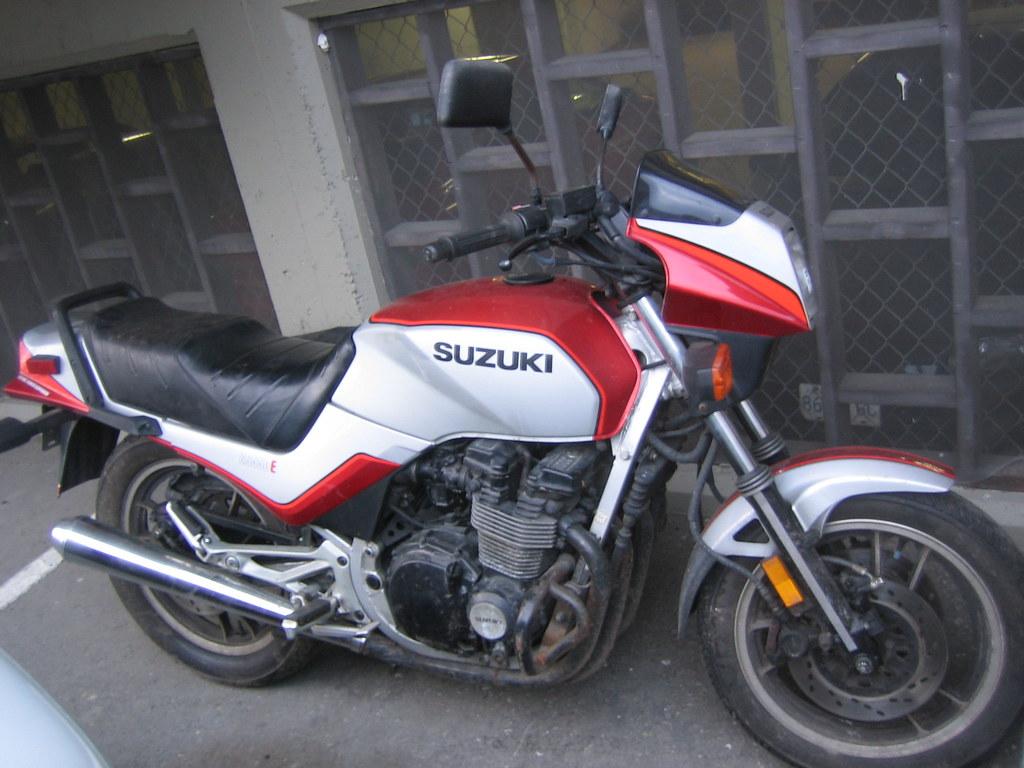 Suzuki Gstx