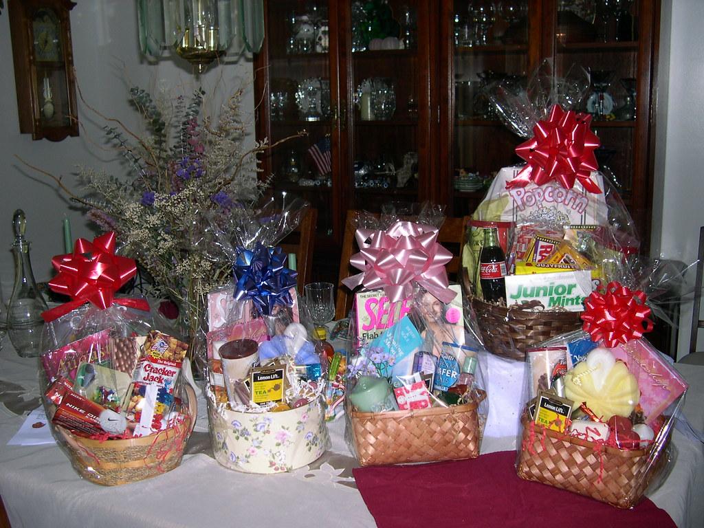 Pamelas 052 Gift Baskets I Make Papatia Usa Flickr