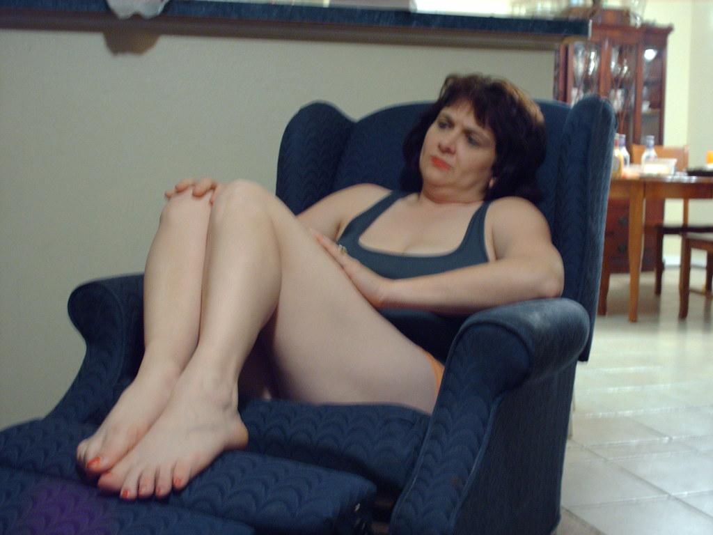 Mature Legs Feet Pics