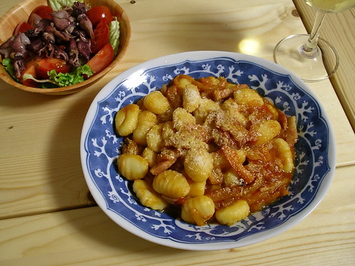 Gnocchi in roasted pepper sauce | by Blue Lotus