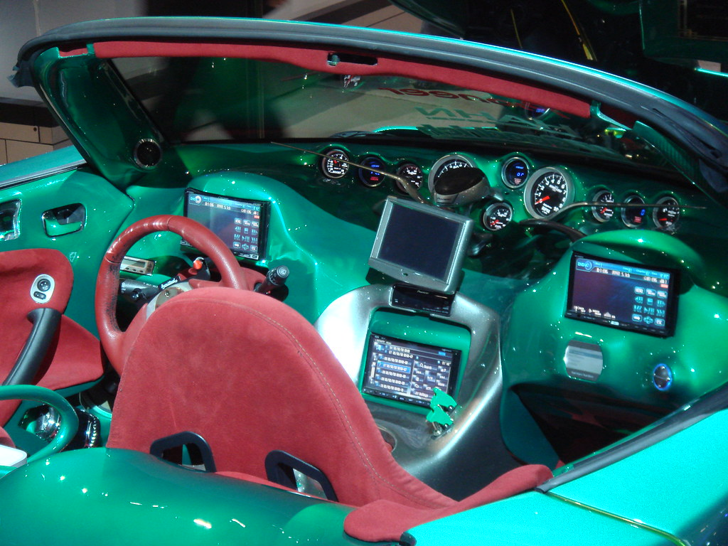 tuned pontiac console now that 39 s a high tech console syste flickr. Black Bedroom Furniture Sets. Home Design Ideas