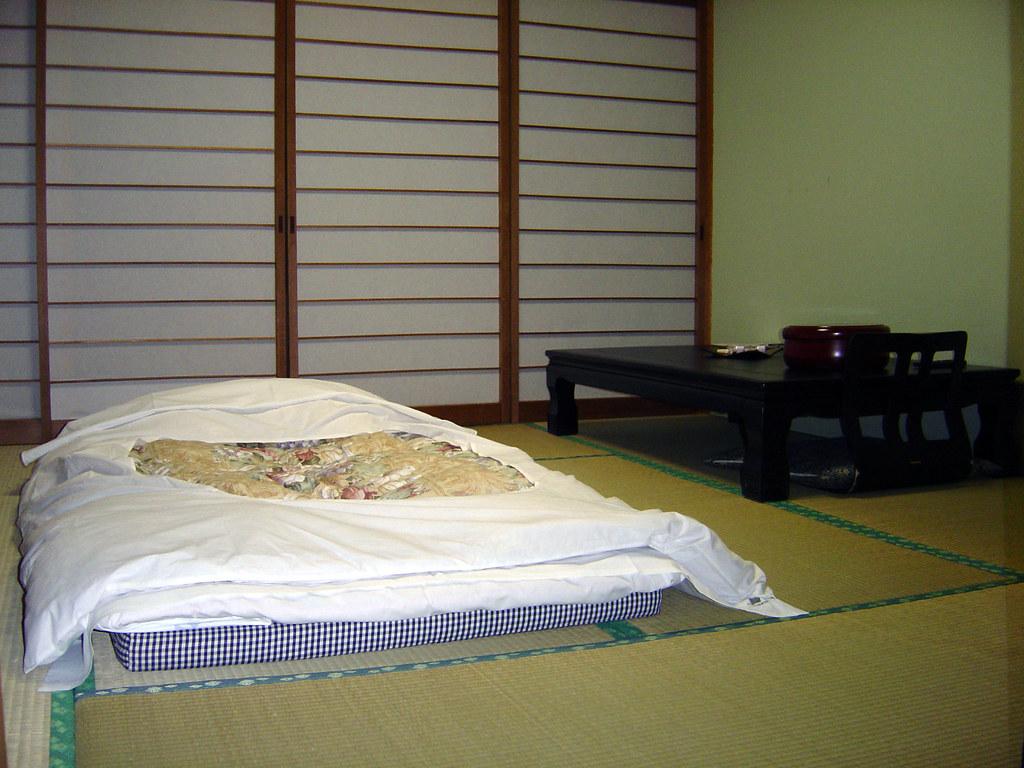 Futon Tatami gora asahi futon on tatami this was my room at the gora a flickr