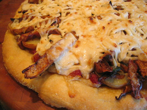 smoked_tofu yukon_potato and shiitake_mushroom pizza | by tofu666