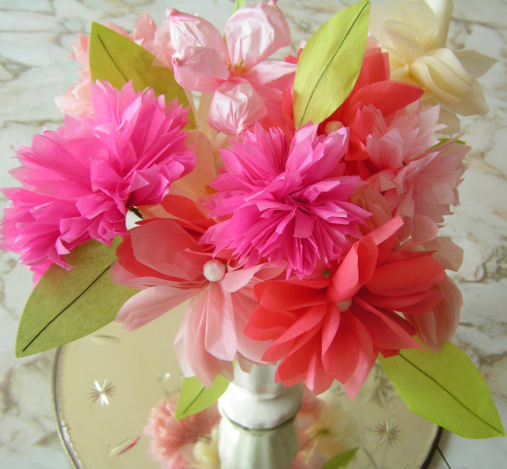 Tissue Paper Flowers I Made Them From A Kit Thats Part Of Flickr