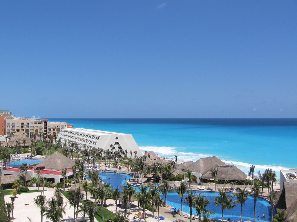 Oasis Cancun Hotel Rooms