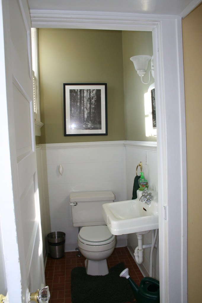 Half Bath Half Bathroom Off The Kitchen Nathan Yergler Flickr