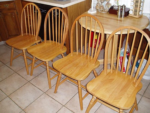 Small Kitchen Chairs With Casters