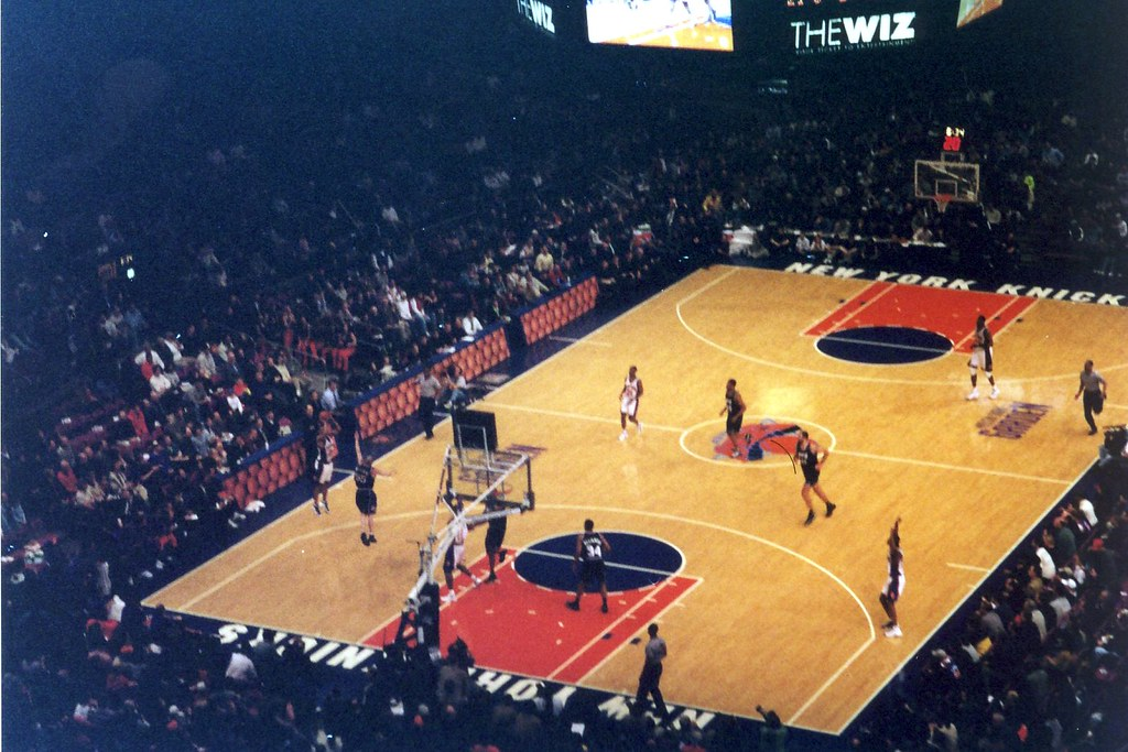 ... NYC: Madison Square Garden   Knicks | By Wallyg
