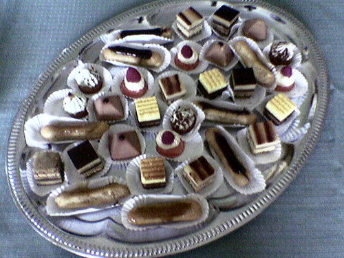 A plate of lovely cakes... | by Tom Coates