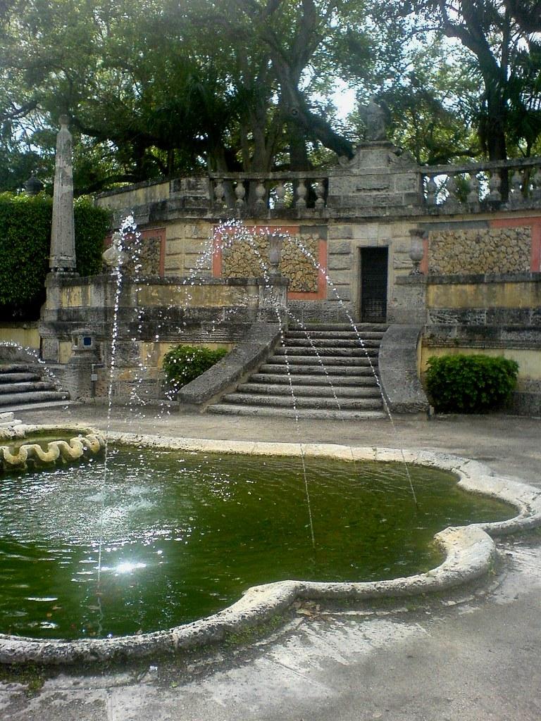 Vizcaya Gardens City Of Miami Roxana Flickr