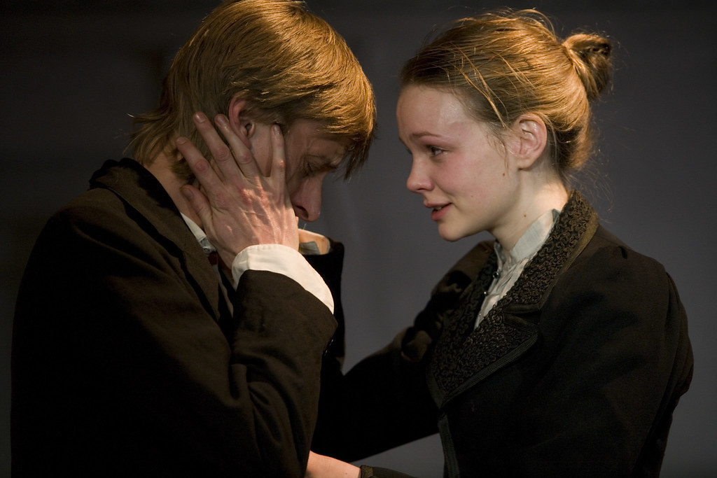 Mackenzie Crook (Konst... Carey Mulligan