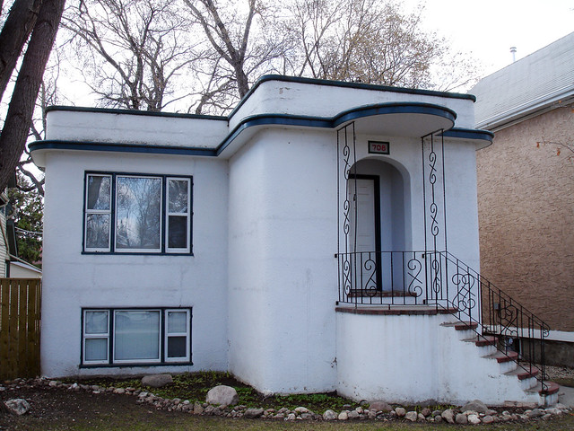 Curvy House | This is another small Streamline Moderne ...