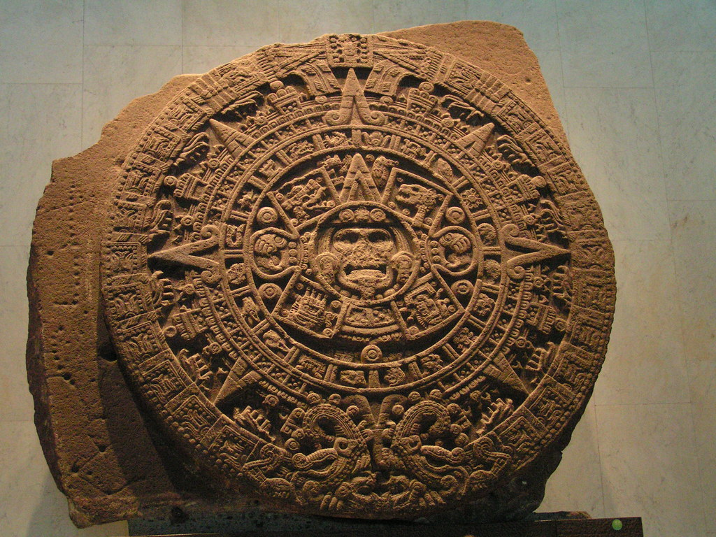 Aztec Sun Stone This Is A 12 Foot 25 Ton Intricately