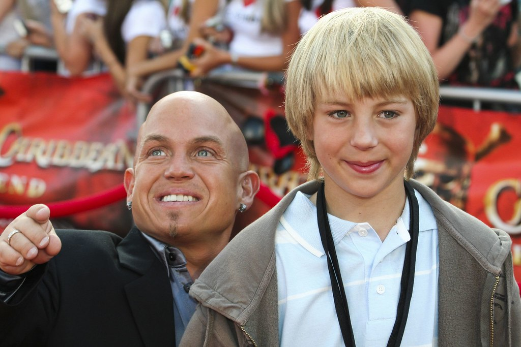 Martin Klebba and son | Mr. Klebba plays the pirate Marty ...