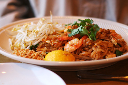 pad thai | by roboppy