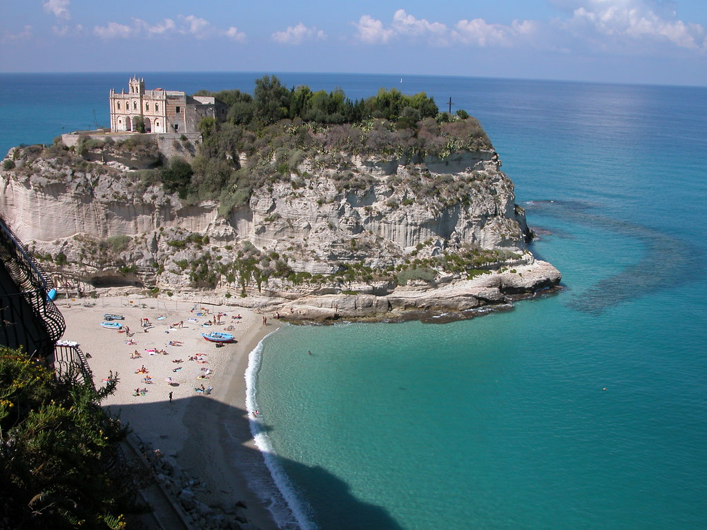 Sold the cafe in Tropea