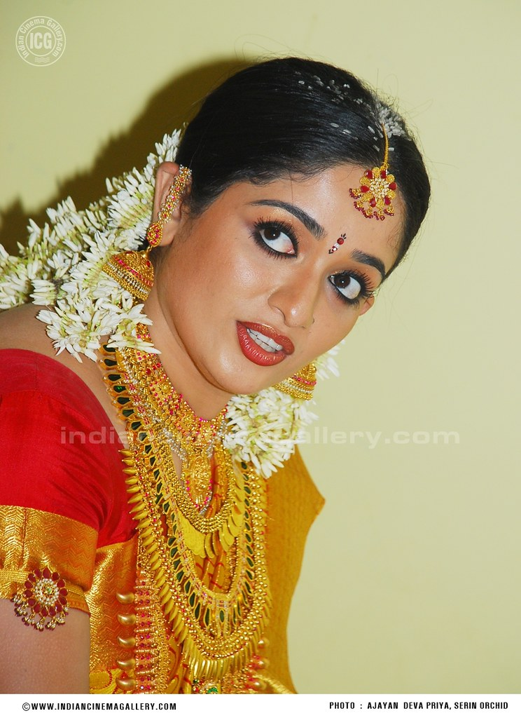 Kavya Madhavan Wedding Photos Www Indiancinemagallery Com9