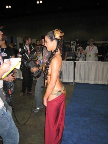 leia Olivia bikini princess munn