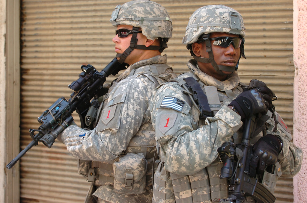 Iraq U S Army Soldiers With The 4th Brigade 1st