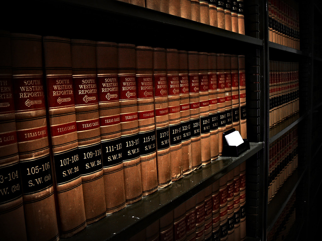 how to read law books